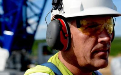 Cascos 3M Peltor: excelencia en protección auditiva